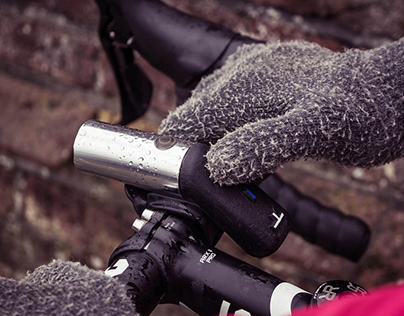 Flare, a connected bicycle light by Jake Thompson