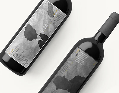 Wine packaging for the restaurante Elsa y Fred