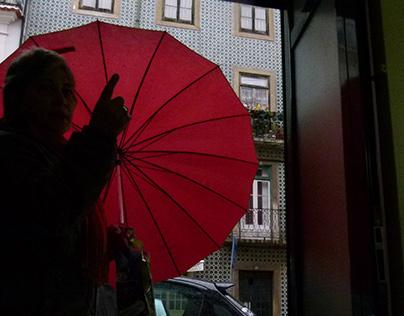 Lisboa, la vie, un matin, sous la pluie.