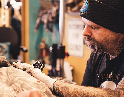 KNOW HOW TO CHOOSE THE RIGHT TATTOO ARTIST: PETER J SAL