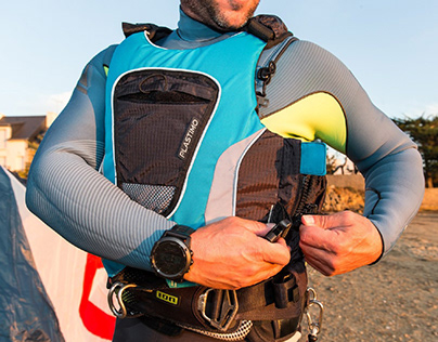 Design of the life jacket JIBE for PLASTIMO