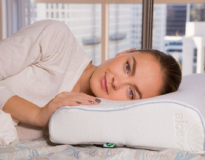 Cooling Pillows: Benefits and Buying Tips