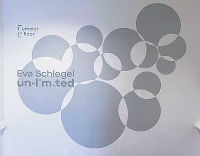 un-limited - Eva Schlegel exhibition design