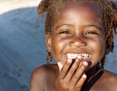 Des milliers de sourires d'enfants