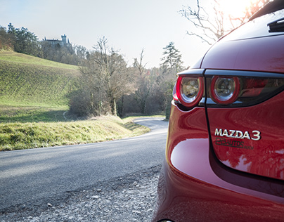 Mazda3 SkyActiv-G - shot on OnePlus6T