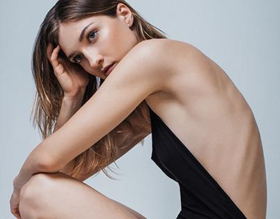 Julia (model test)