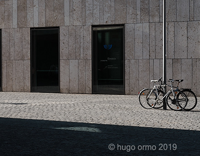 a slow stroll through Munich and the afternoon sunlight