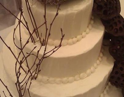 Nature Lovers Wedding Cake