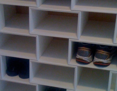 Lattice Shoe Storage