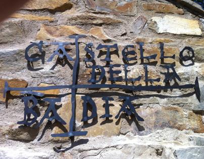 THE CASTLE OF THE ABBEY / IL CASTELLO DELLA BADIA