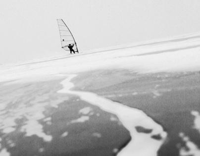 Ice windsurfing