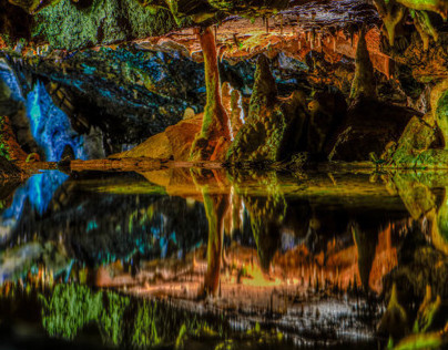 Cheddar Caves in HDR