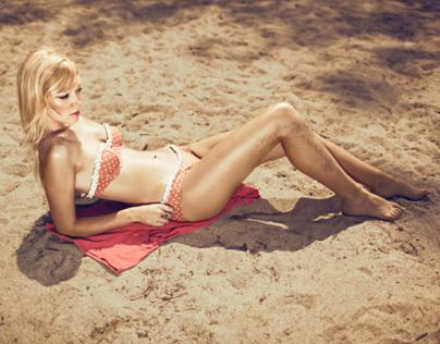 Poupée de plage // Elléments Magazine