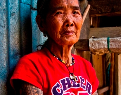 "Kalinga: the last ""mambabatok"" (tattoo artist)"