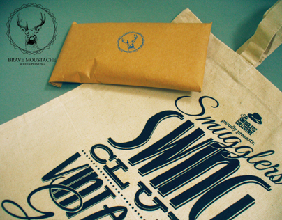 """The Smugglers collective"" totebags."