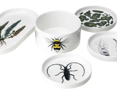 """Rörstrands """"Red list"""" serie of porcelain"""