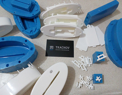 Molding plastic housing in the silicone mold