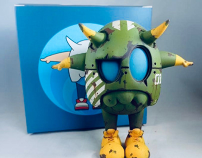 EG-01 Custom Vinyl Toy by HX Studio X Art Fabula