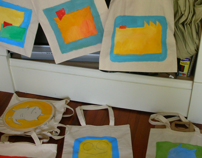 """""""Re-use Me"""" painted tote bags"""