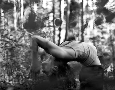 In the woods with Lucia Andrade