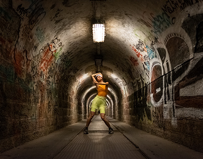 Dancing in the tunnel of horror