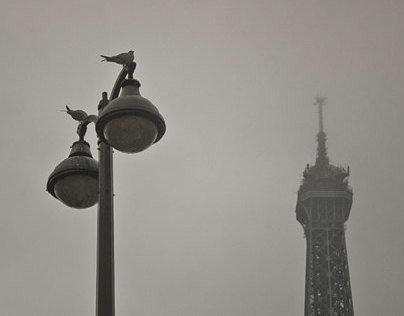 Eiffel tower in the mist