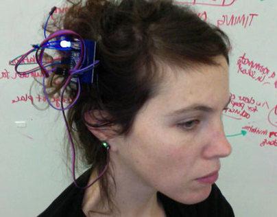 Pulse Sensor Earring - Learn how your date goes!