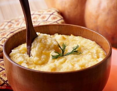 Millet porridge with pumpkin.
