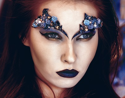 Creative Beauty with 3D Face-props