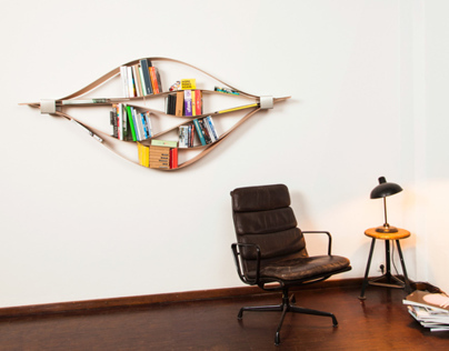 Chuck - flexible wooden shelf