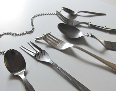 Uncomfortable cutlery
