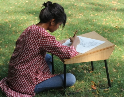 Low seating writing desk