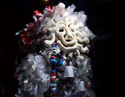 Polypoly, the plastic's devil