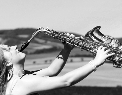 Elizabeth - saxophonegirl