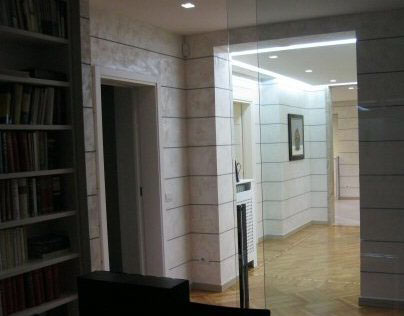 Sliding partitions in a law office