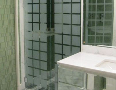 Shower boxes and dividers in a house in Versilia