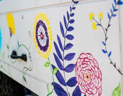 Gardening Bench Painting