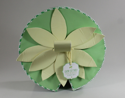 Leapin' Lily Pads Bath Set Packaging