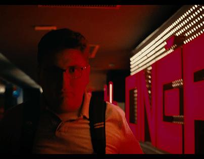 Trailer - O Atirador do Shopping