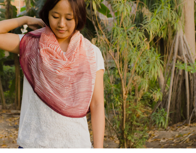Sandstone: Of scarves and bags
