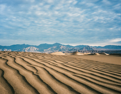 Sketching with 35mm in Death Valley