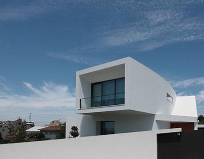 Uma Casa para uma Cidade que Olha com as Mãos