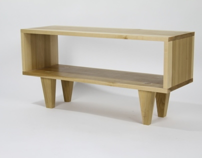 MESUKA - An occasional table