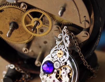 Clockpunk jewelry design