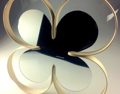 Bent Lamination Clover Mirror