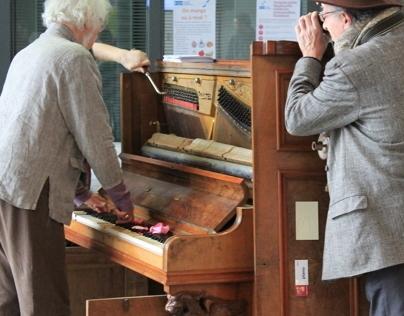 Experimental Sound Pianos Embedded