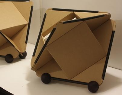 Instruction to create a cardboard bookshelf glue free