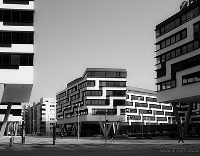 NORDBAHNHOF (Vienna) by Manfred Baumann