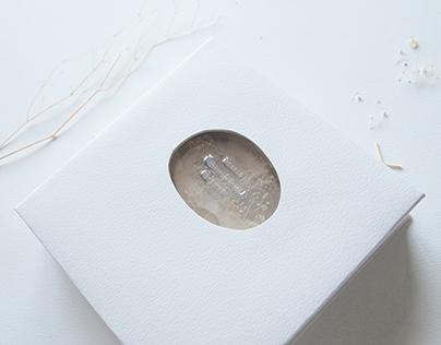 Pebble / specimen collection /