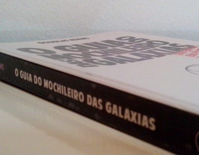 Projeto gráfico para O Guia do Mochileiro das Galáxias